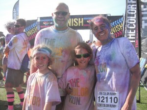A family of sports! The Colour Run 2015